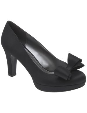 Satin pump with bow