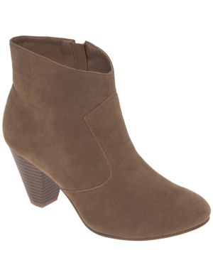 Short faux suede boot