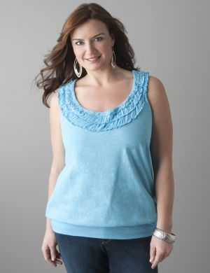 Ruffled band bottom tank