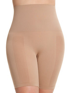 Seamless shapewear shorts