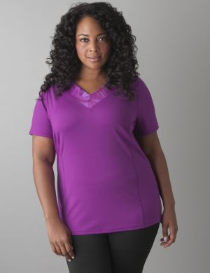 Print V-neck active tee by Reebok