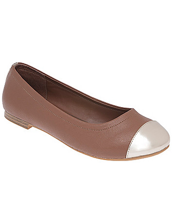 Cap toe ballet flat by Lane Bryant