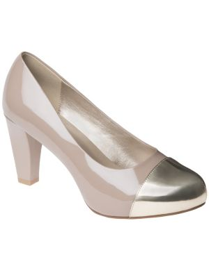 Metallic cap toe pump
