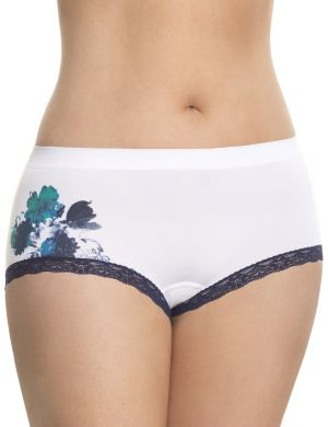 Seamless boyshort panty with lace
