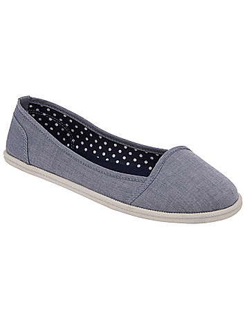 Wide width casual flat by Lane Bryant