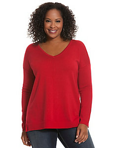 Center seam V-neck pullover sweater