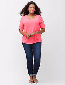 Modest sleeve V-neck tee