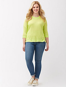 Twist neck high-low tee