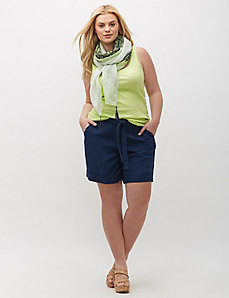 Linen Short with Tie Belt