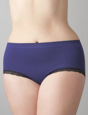 Lace trim seamless brief panty