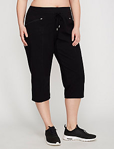 Signature Stretch Relaxed Straight Leg Capri