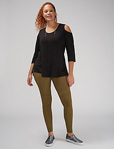 Wicking Active Legging with Seaming Detail