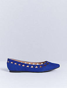 Pointed-Toe Cutout Flat