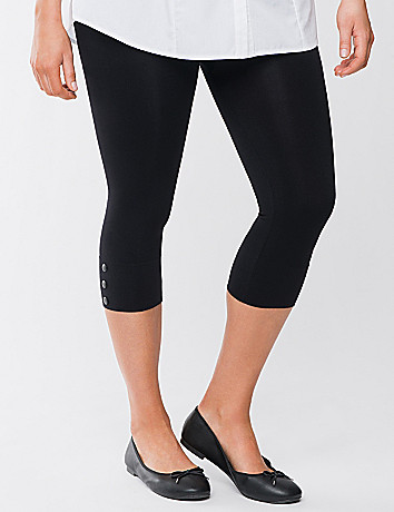 Control top capri leggings with snaps