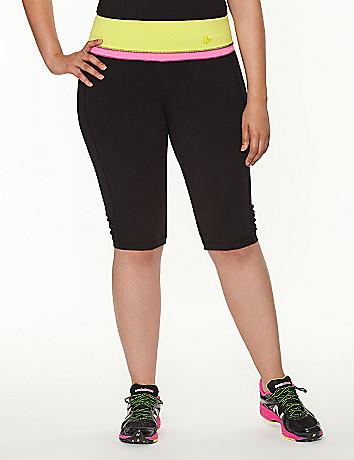 Knee legging with contrast waist