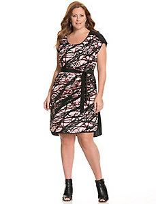 Printed tie-waist tee dress