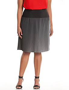 Black & white pleated skirt
