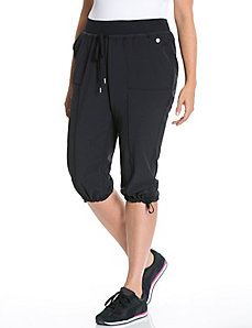 Performance Stretch woven active capri
