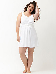 Slub chemise with crochet trim