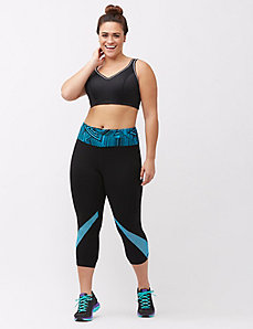 Signature Stretch capri legging with mesh