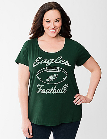 Full Figure Philadelphia Eagles graphic tee