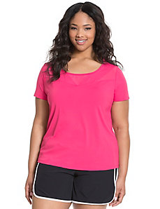 Cooling mesh spliced active tee