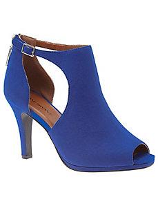 Peep toe cut out heel