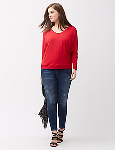 Drop shoulder wedge tee