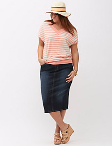 Double V Banded Bottom Wedge Tee